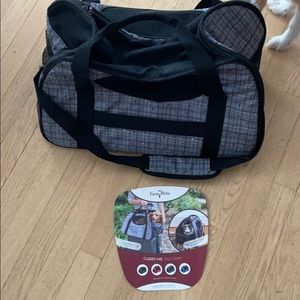 Gen7Pets carrier hold up to 20lbs